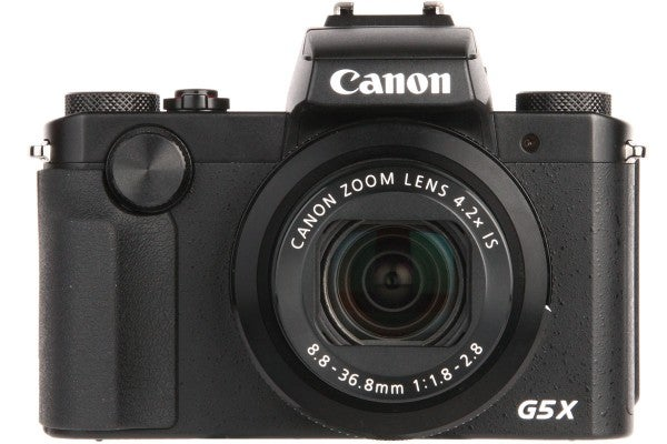 The G5 X shares the same 24-100mm equivalent f/1.8-2.8 lens as the G7 X