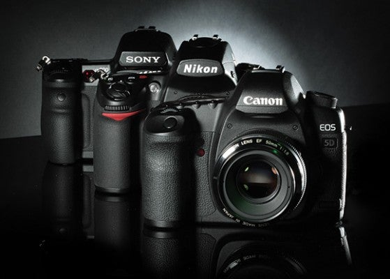 Canon EOS 5D MkII Vs Nikon D700 Sony A900
