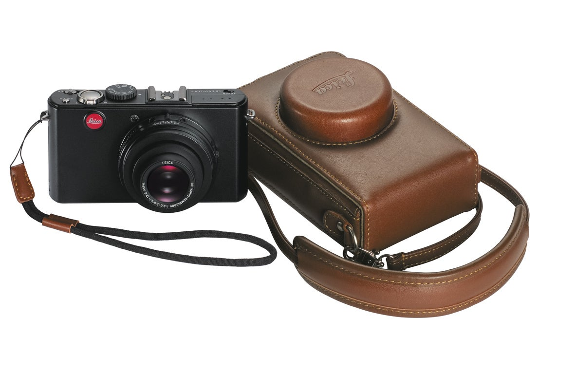 Leica D-lux 4 and leather case What Digital Camera Haiti auction