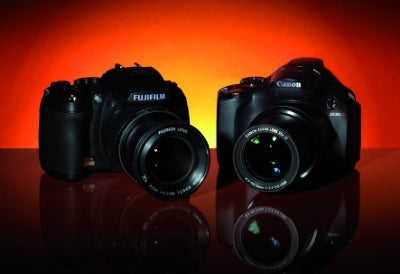 Canon SX30 IS vs Fujifilm HS10