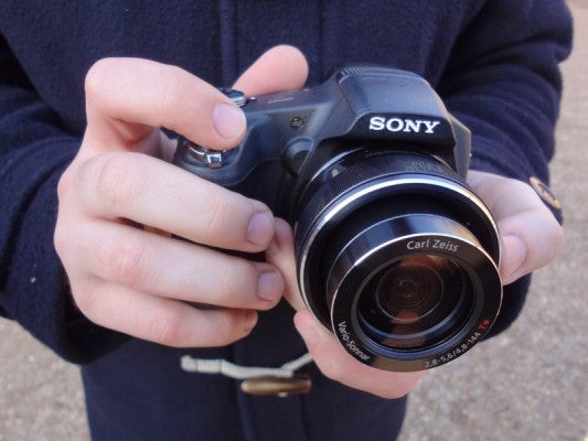 Sony Cyber-shot HX100V hands on first look review