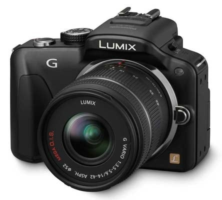 Panasonic Lumix G3 (three quarter)