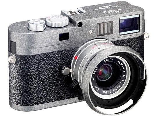 Leica-M9-P-Hammertone-Camera.jpg