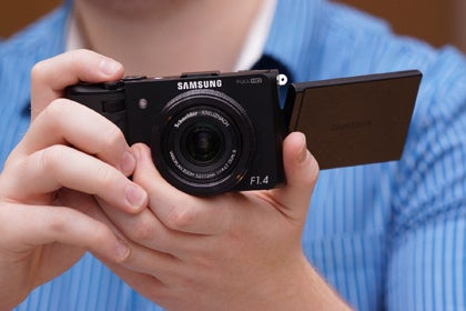 Samsung EX2F First Look