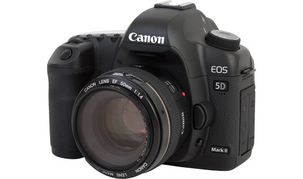 16 digital cameras that changed the world - canon eos 5d mk II