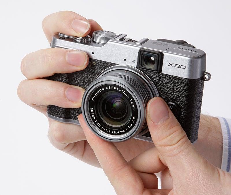 Fujifilm X20 lens detail