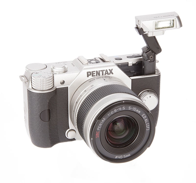 Pentax Q10 flash