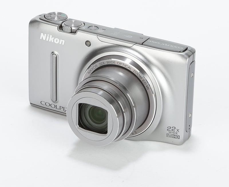 Nikon COOLPIX S9500 Review - front angle