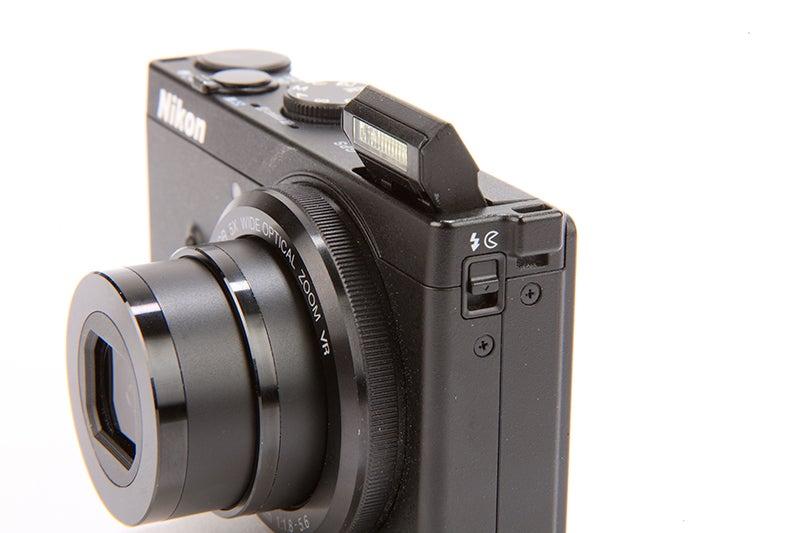 Nikon COOLPIX P330 Review - side view