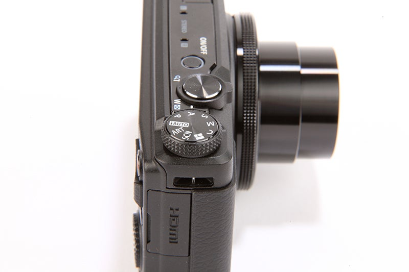 Olympus XZ-10 Review -  mode dial