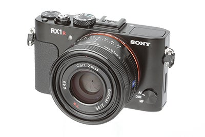Sony RX1R Review - angled