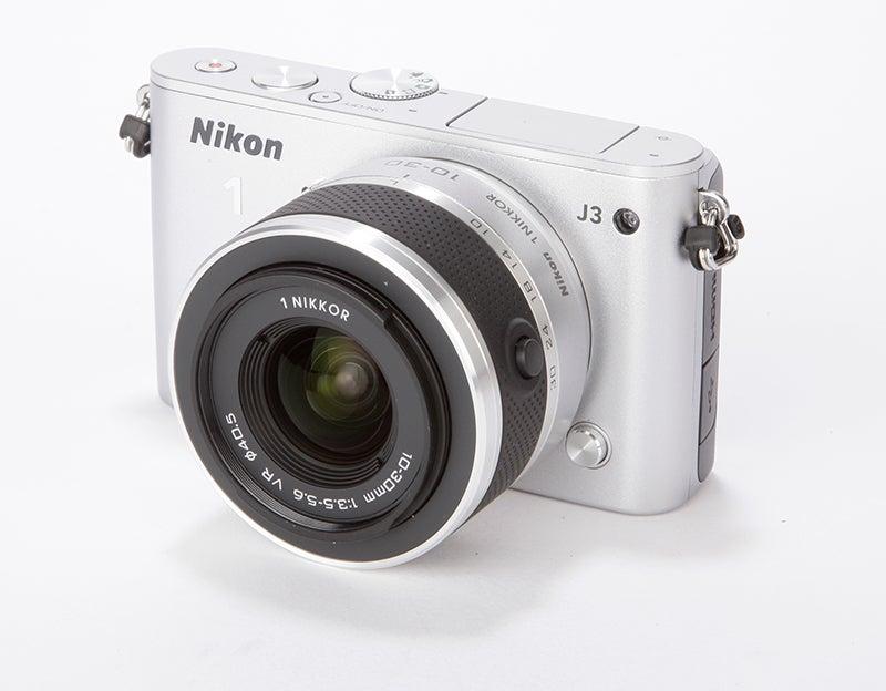 Nikon 1 J3 Review - front angle