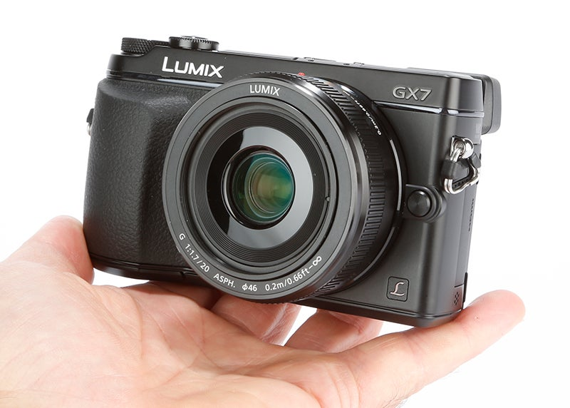 Panasonic Lumix GX7 Review - hand held
