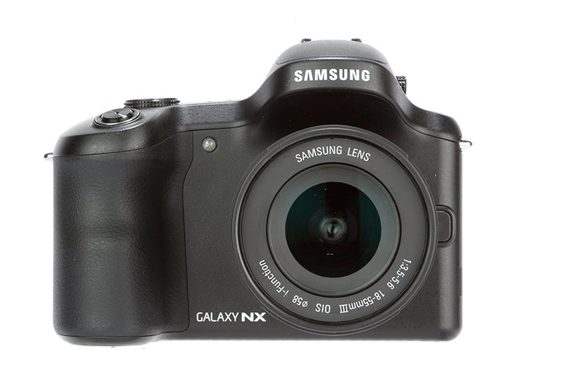 Samsung Galaxy NX Review - front view