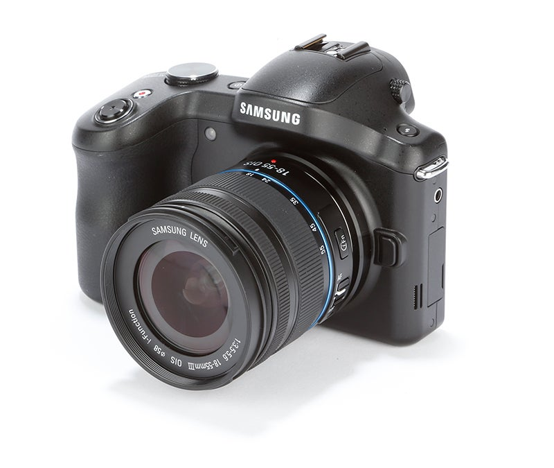 Samsung Galaxy NX Review - front angle