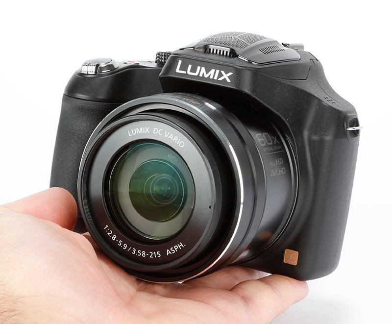 Panasonic Lumix FZ72 Review - handheld