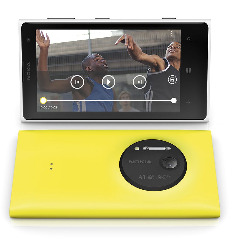 Nokia Lumia 1020 front and back