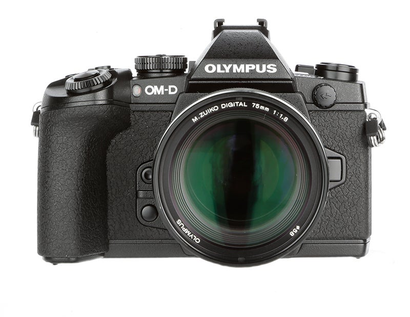 Olympus OM-D E-M1 Review – front view