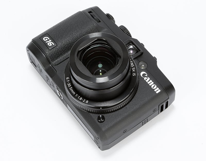 Canon PowerShot G16 Review – angled rear