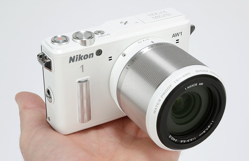 Nikon 1 AW1 Review – hand held