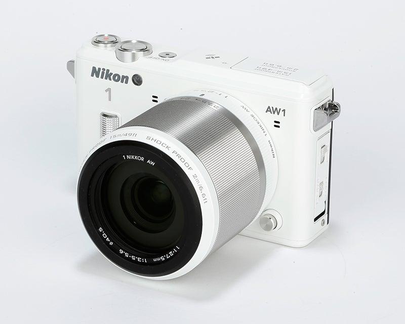 Nikon 1 AW1 Review –  angled