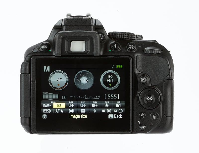 Nikon D5300 Review - rear screen