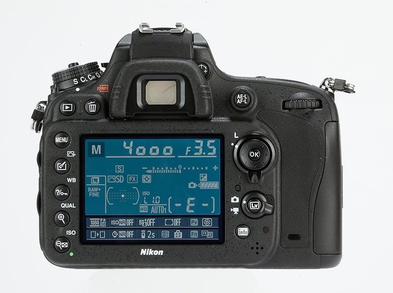 Nikon D610 Review – rear