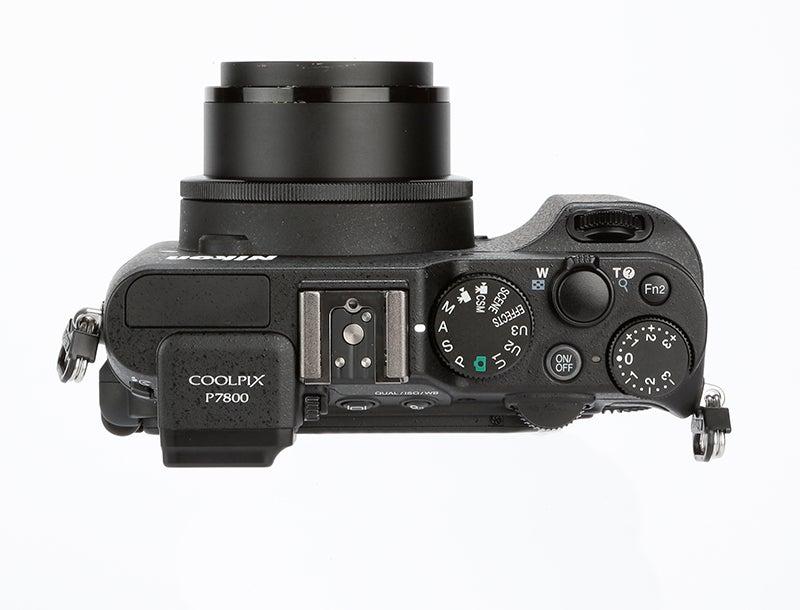 Nikon P7800 Review – top view