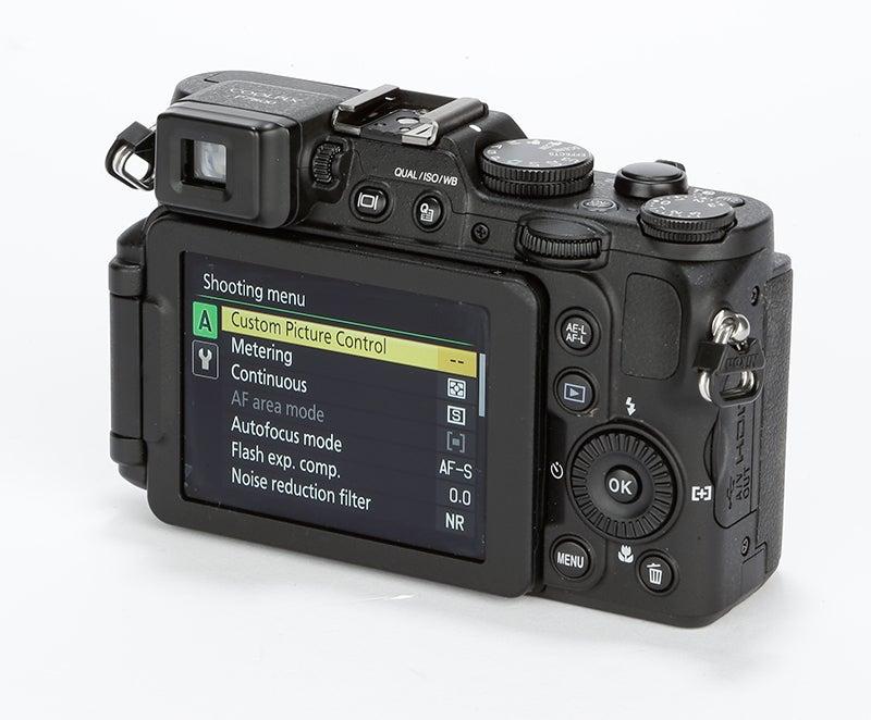 Nikon P7800 Review – rear angled