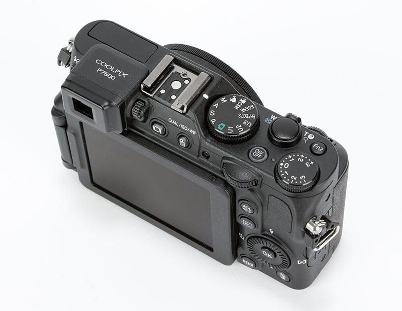Nikon P7800 Review –  top down