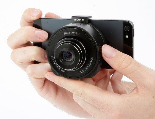 Sony QX10 product shot 2