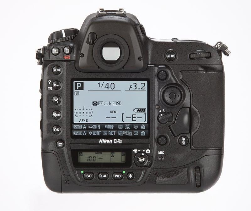 Nikon D4S Review - rear view