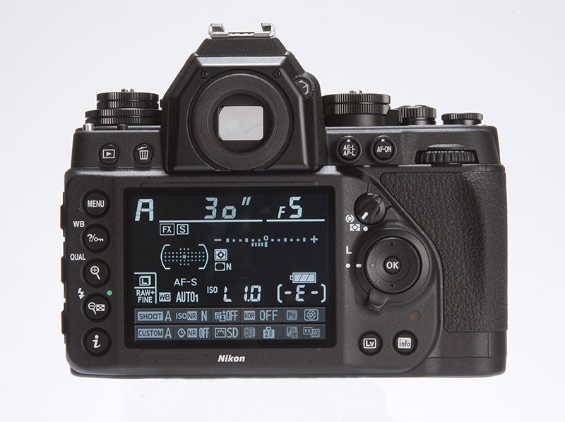 Fujifilm X-T1 vs Nikon Df - DF rear viewfinder