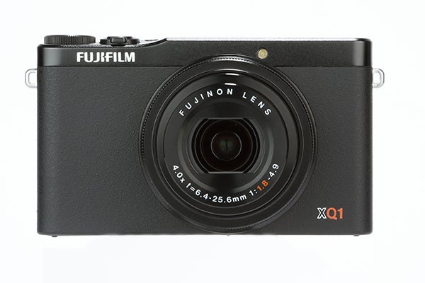 Fujifilm XQ1 Review - front view