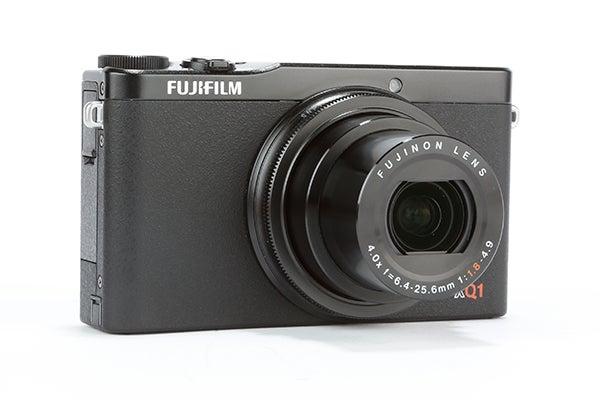 Fujifilm XQ1 Review -  angled