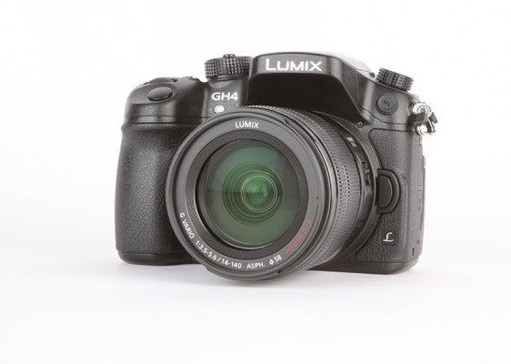 Panasonic Lumix DMC-GH4 product shot 4