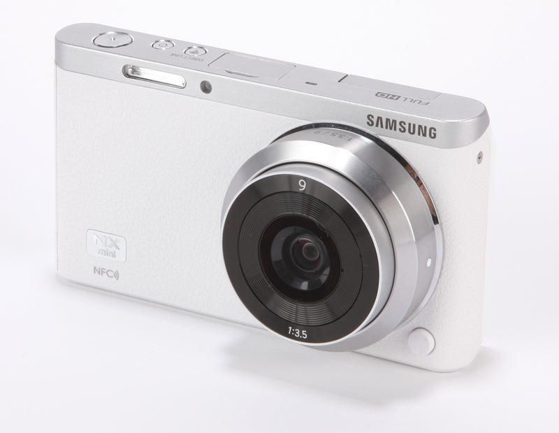 Samsung NX Mini Review - angled