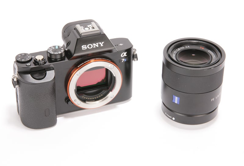 Sony Alpha 7S Review - with mirror up