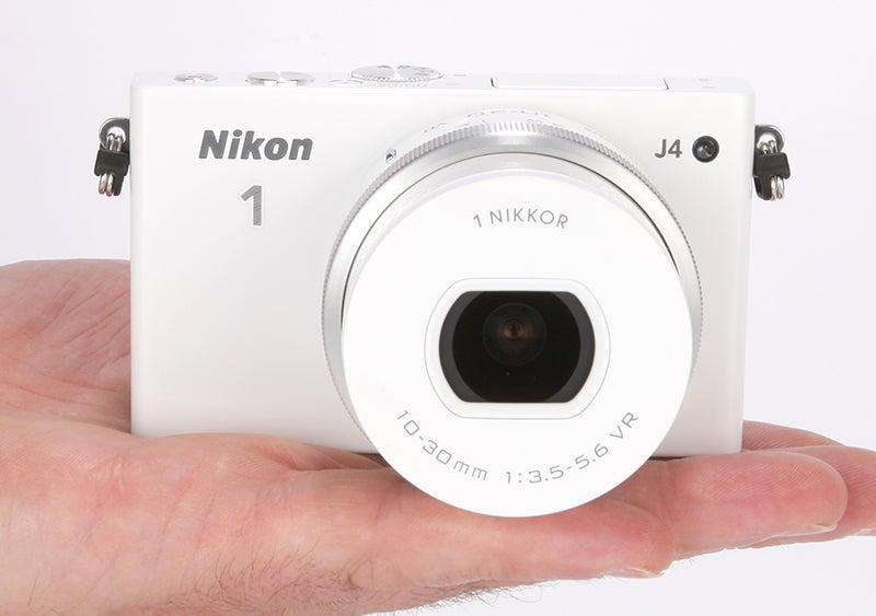Nikon 1 J4 Review - handheld