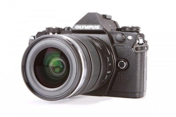 Olympus OM-D E-M5-II product shot 13