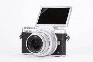 Panasonic Lumix GF7 product shot 7