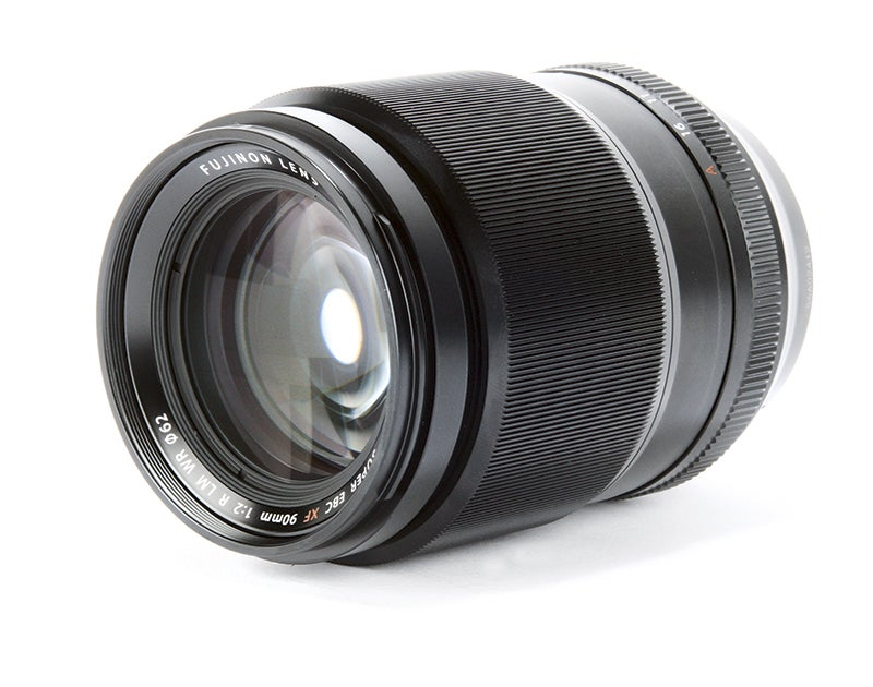 Fujifilm Fujinon XF 90mm f2 R LM WR-side-on