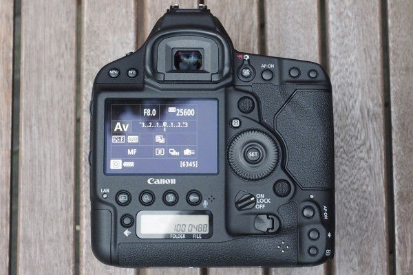 The back of the camera is almost identical to before, but the screen is now touch-sensitive
