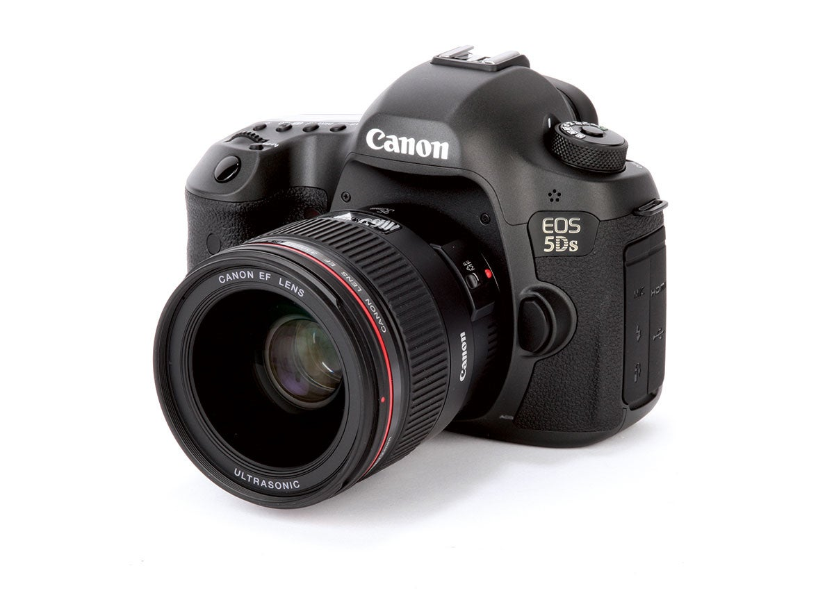 Canon_5DS_front34
