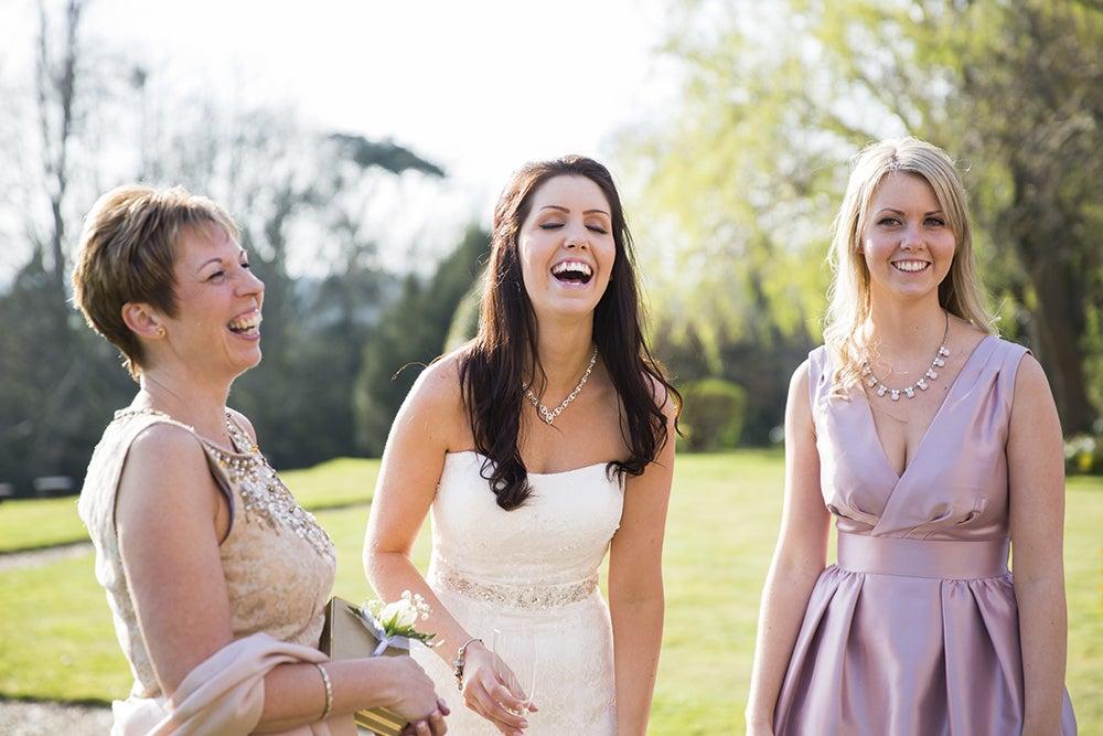 Genre-and-photography-informal-wedding