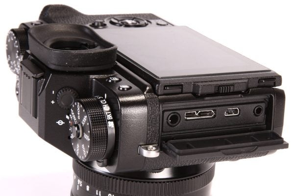 The X-T2 gains a 3.5mm stereo microphone socket