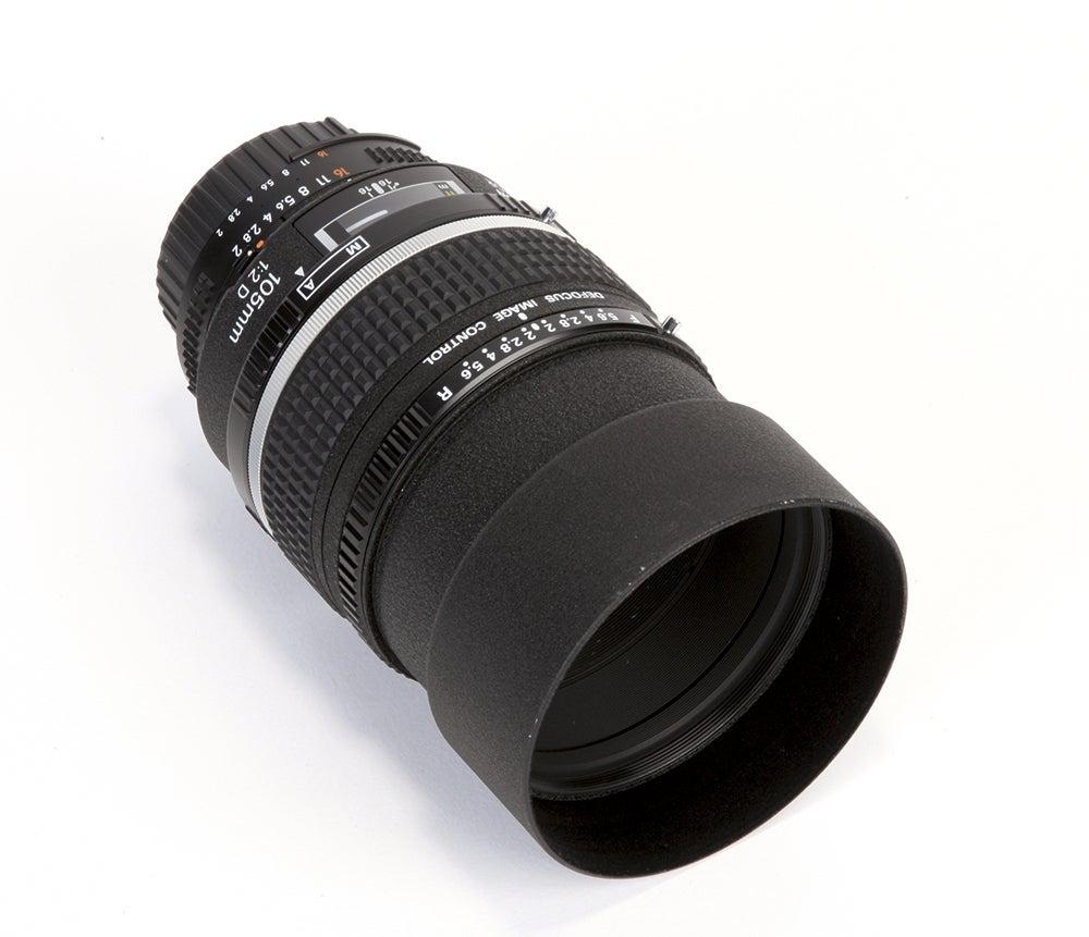 Nikon-105mm-f2D-AF-DC