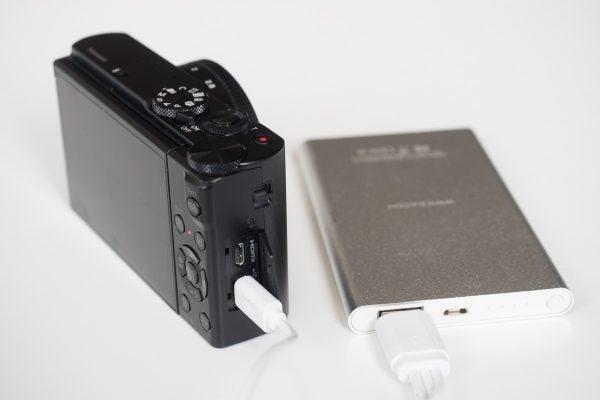 Panasonic Lumix DMC-LX15 ports