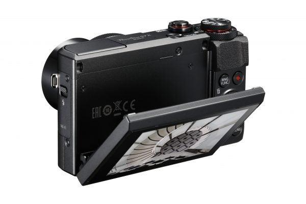 powershot-g7-x-mark-ii-screen-down-bsl-3