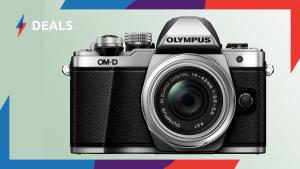 £230 Black Friday saving on Olympus OM-D E-M10 Mark II